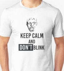 Weeping Angel With Keep Calm And Don't Blink Text T-Shirt