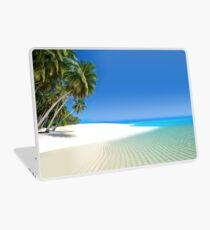 Beautiful beach in the Maldives Laptop Skin
