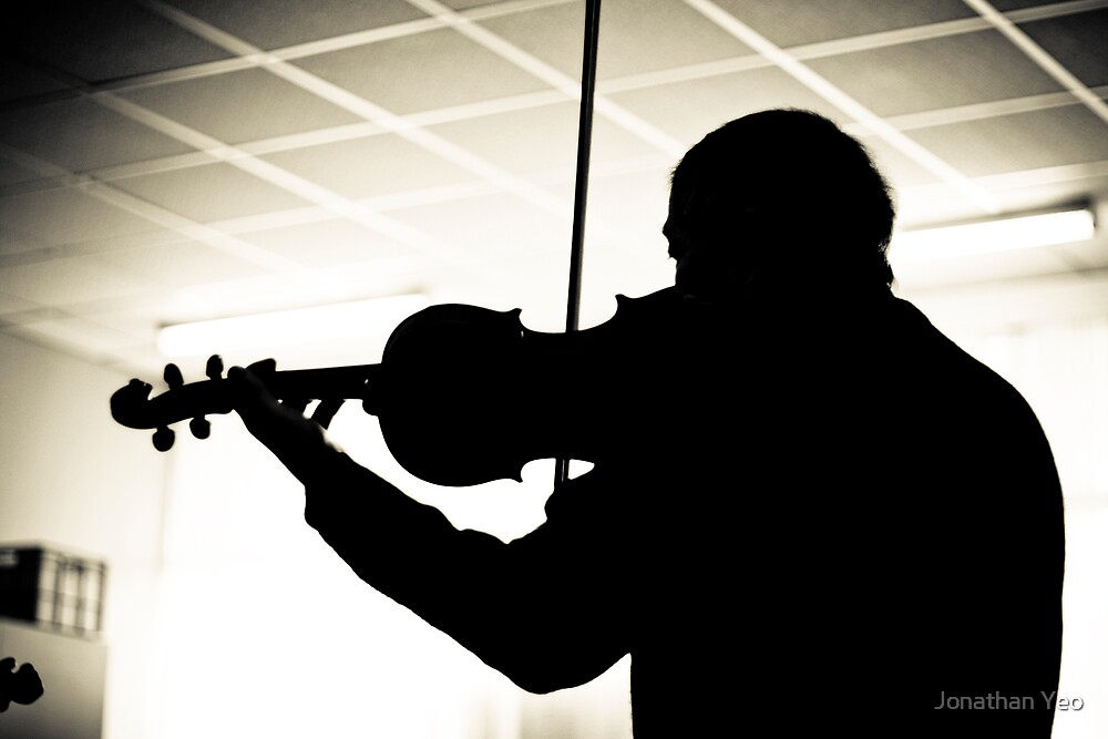The Silhoutte Musician by Jonathan Yeo