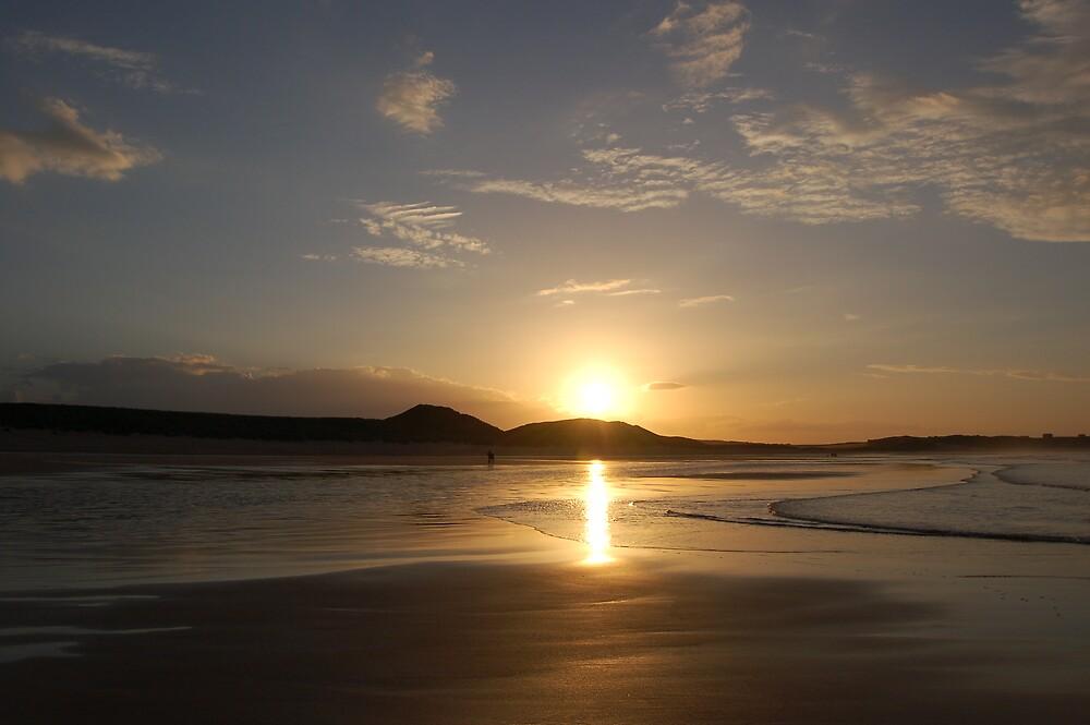 Sunset,Northumbria by WyeLookAtThis