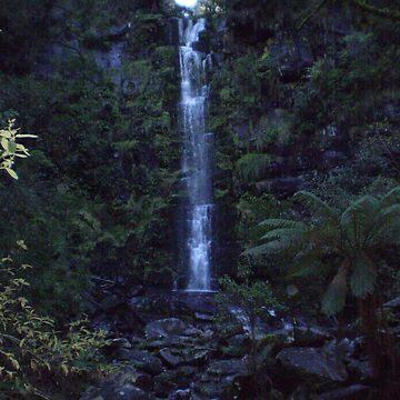 Erskine Falls by blennus