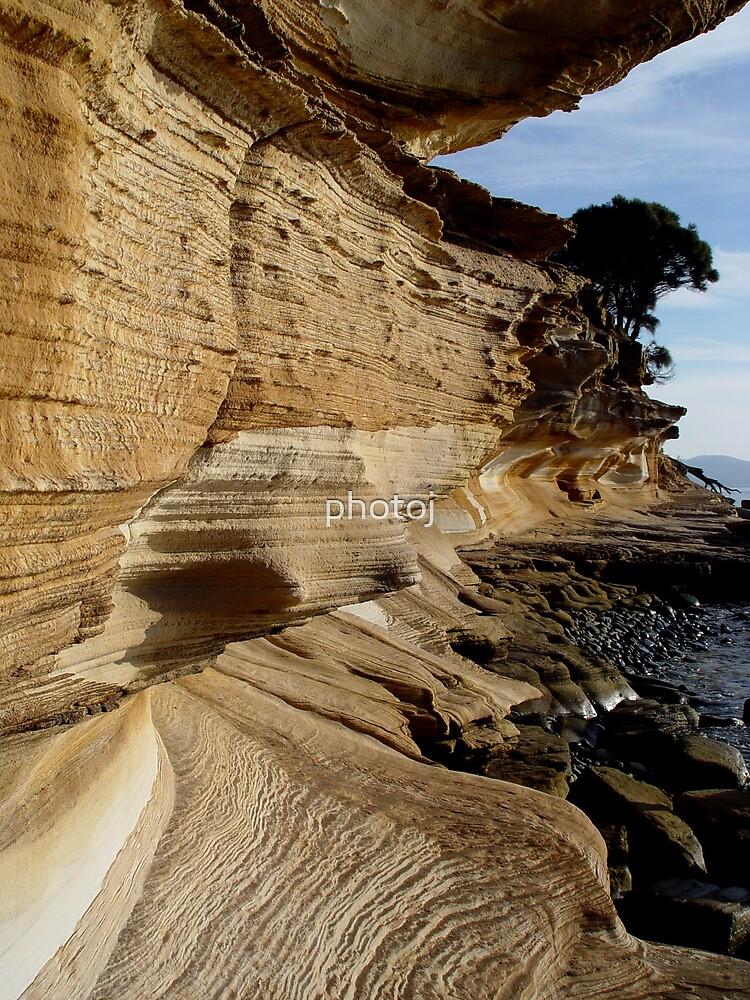 photoj Tasmania, Maria Island-The Painted Cliffs by photoj