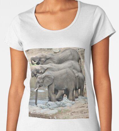 AT THE WATERHOLE - THE AFRICAN ELEPHANT – Loxodonta africana Women's Premium T-Shirt