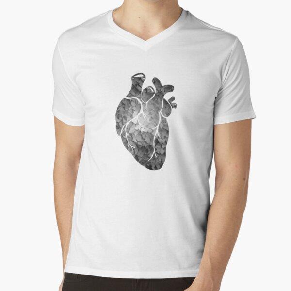 Black and white flower heart V-Neck T-Shirt