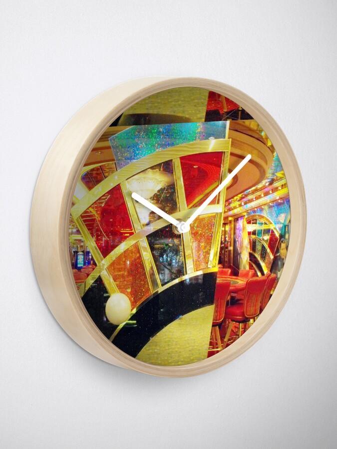 Alternative Ansicht von Das Casino Uhr