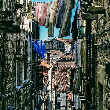 Ruelle de Dubrovnik by Cyril