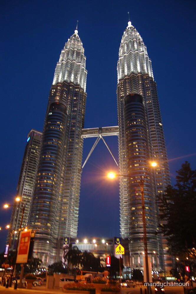 Petronas Towers by mandychamoun