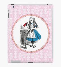 Alice in Wonderland | Drink Me iPad Case/Skin