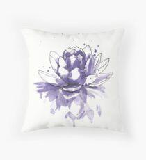 Purple water lilly Cojín
