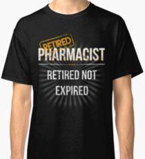 Mens Retired Pharmacist Retirement Gift T Shirt for Pharmacists Classic T-Shirt