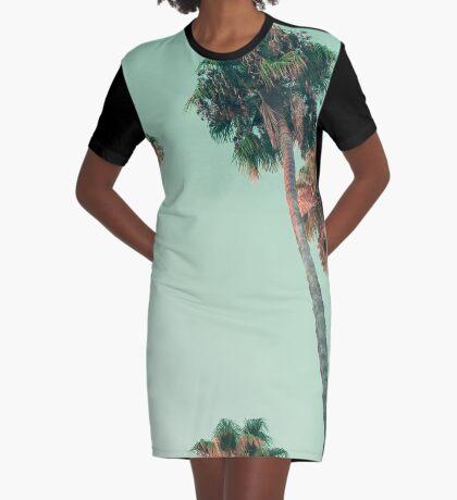 Palmen bei Sonnenuntergang T-Shirt Kleid