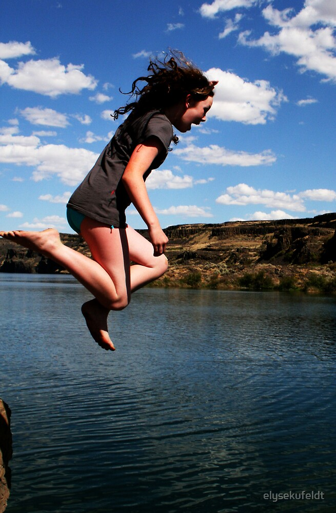 Amanda Cliff Jumps by elysekufeldt