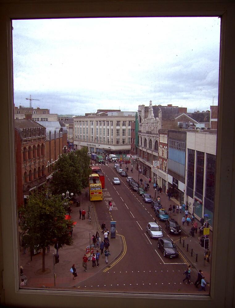 busy Belfast street ... by SNAPPYDAVE