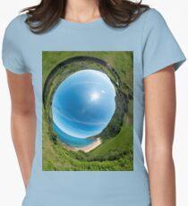 Kinnagoe Bay - Sky In Women's Fitted T-Shirt