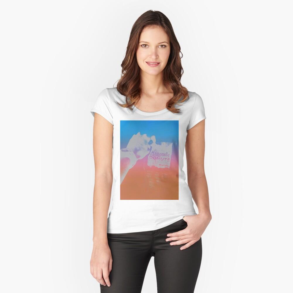 Anbieter Tailliertes Rundhals-Shirt