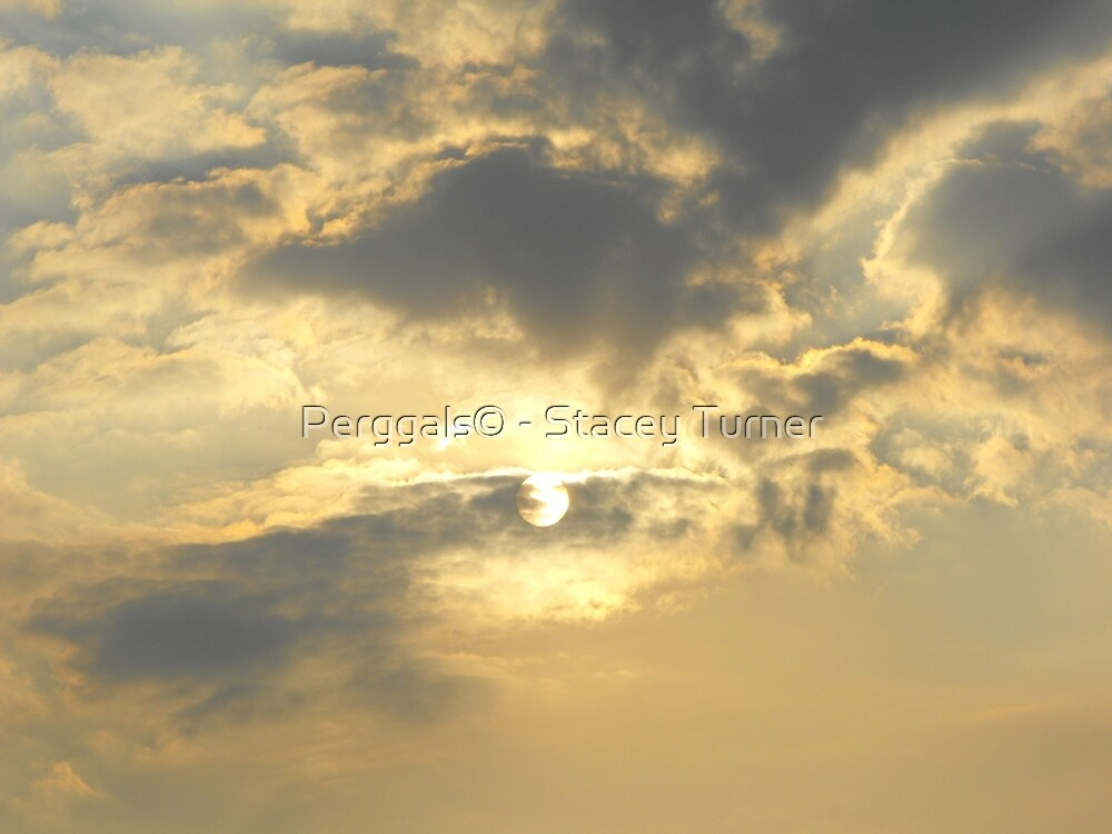 clouds desend by Perggals© - Stacey Turner