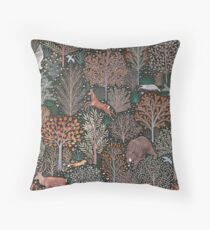 Forest animals - les animaux de la fôret Throw Pillow
