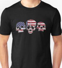 Three Skulls American Flag Design T-Shirt