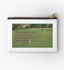 Amateur Golf Studio Pouch