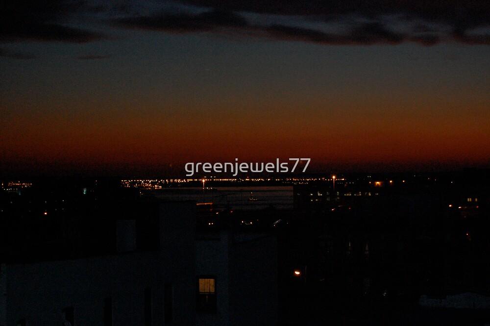 Aglow by greenjewels77