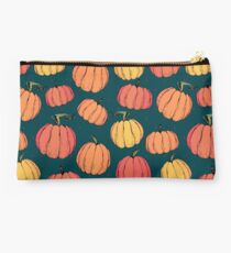 Rustic fall pumpkin pattern Studio Pouch