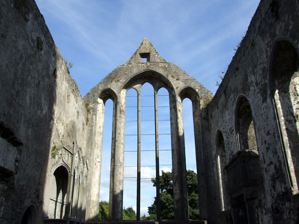 Ennis Abbey ruins by John Quinn