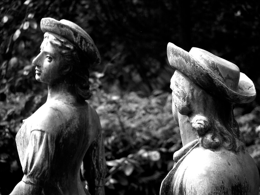 Statues by DarrenH
