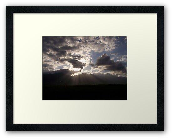 "Maui Sunrays by Lenora ""Slinky"" Ruybalid"