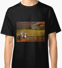 People - Afternoon break Classic T-Shirt