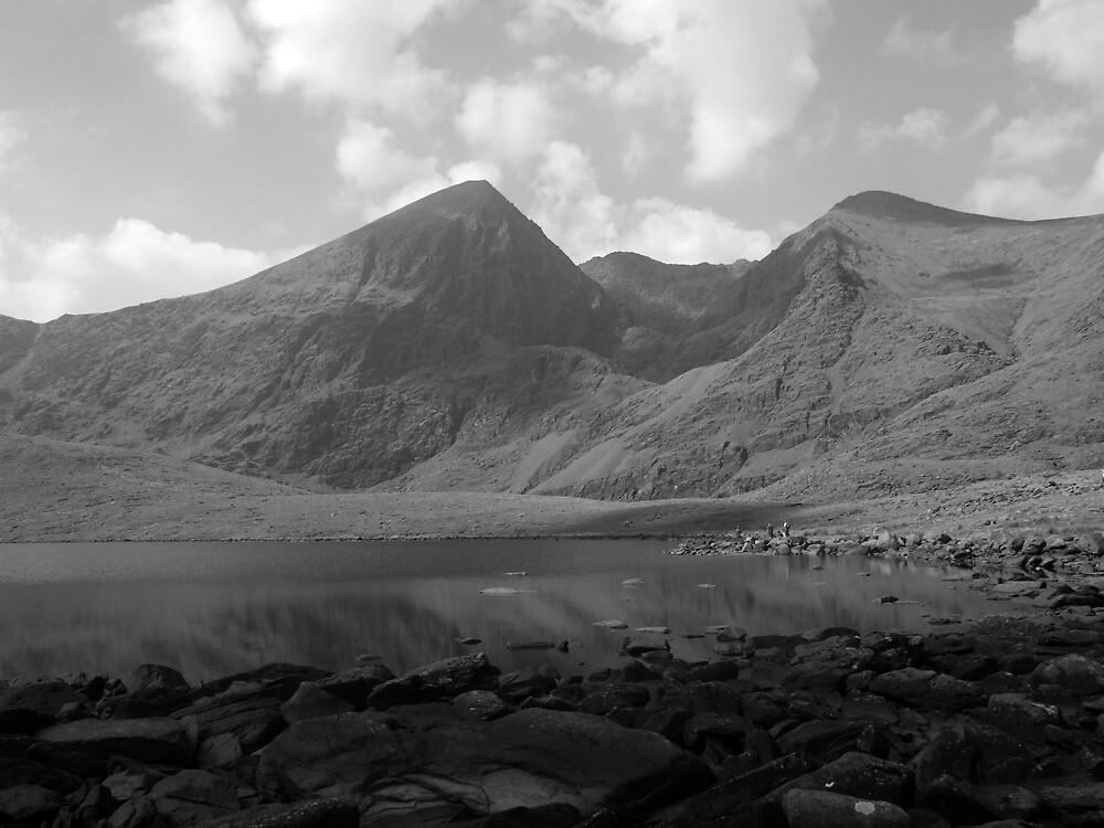 Carrauntoohil in black and white by John Quinn