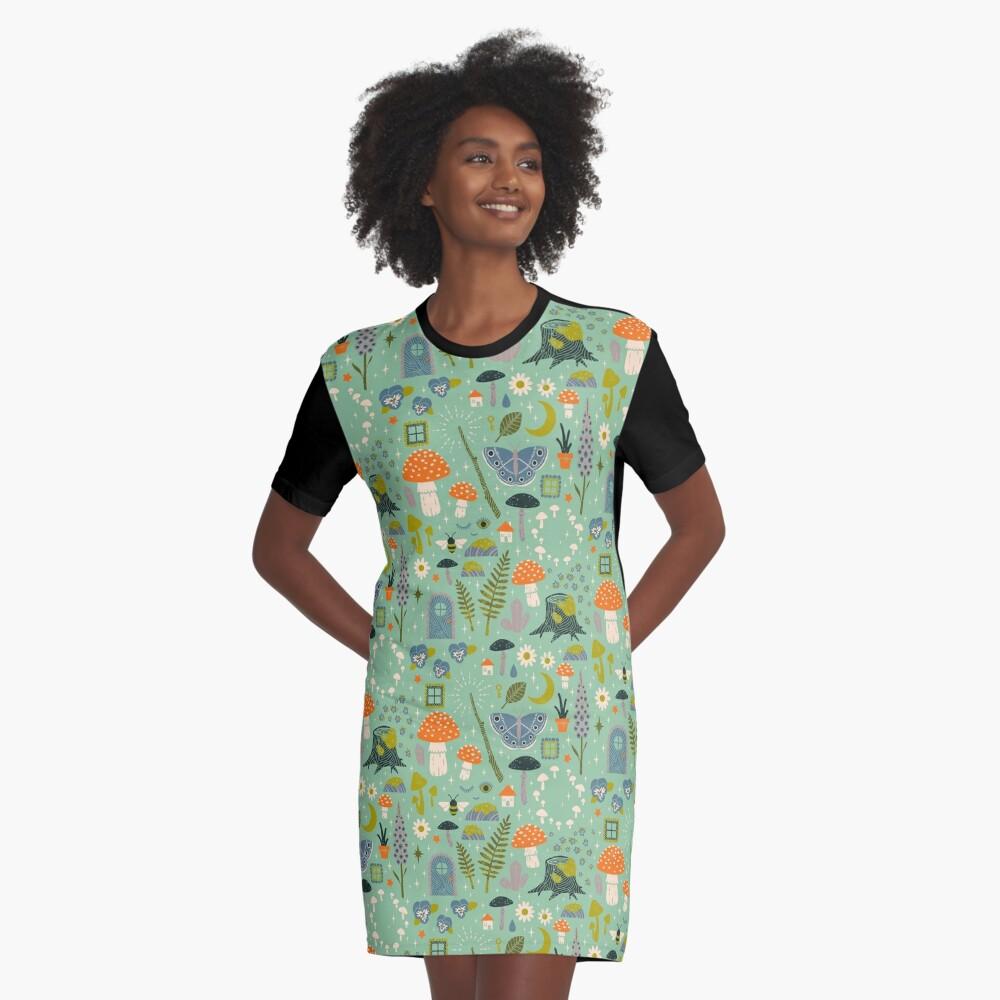 Märchengarten T-Shirt Kleid