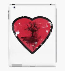 Love Nature - Grunge Tree and Heart - Earth Friendly T Shirt iPad Case/Skin