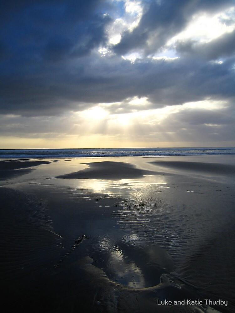 Perfect Piha Sunset by Luke and Katie Thurlby