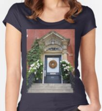 Gently Enter Women's Fitted Scoop T-Shirt