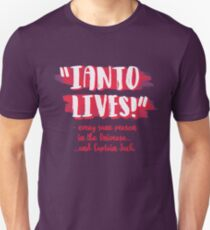 Ianto lives! T-Shirt
