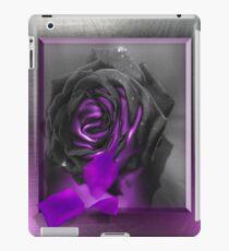 black velvet metallica iPad Case/Skin