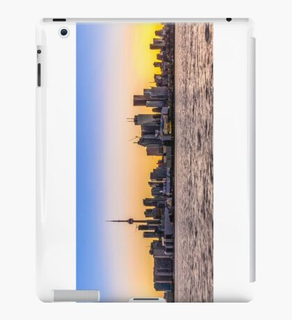 Toronto Skyline 5 iPad Case/Skin