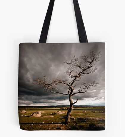 the Dog Rocks tree Tote Bag