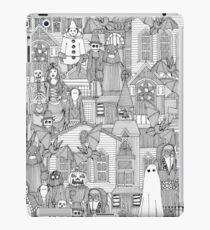 vintage halloween black white iPad Case/Skin