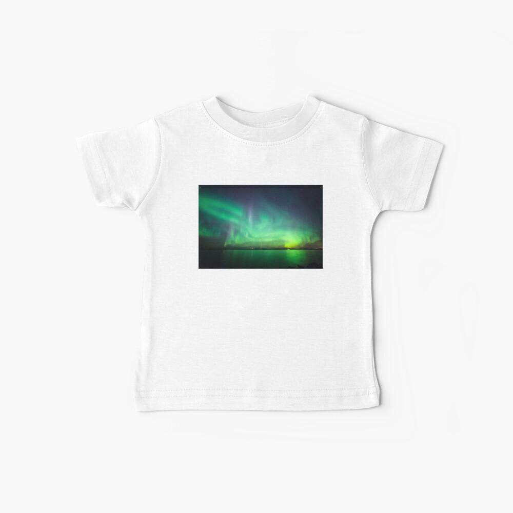 Nordlichter über See Baby T-Shirt