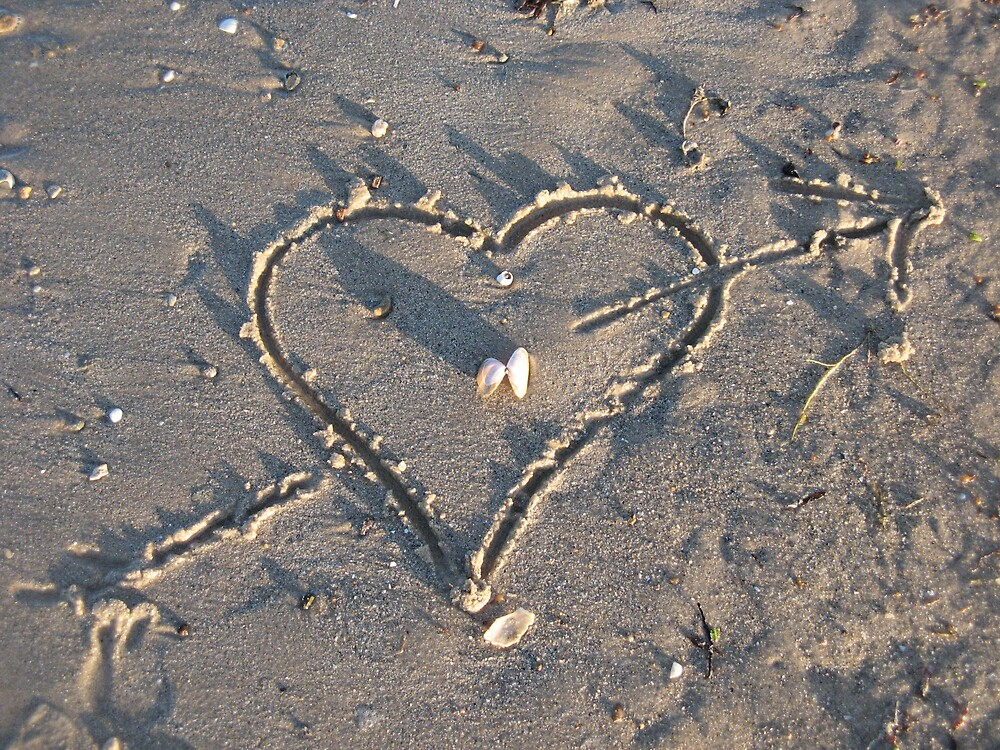 drawing of heart in sand by SarahTrangmar