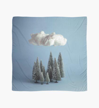 Eine Wolke über dem Wald Tuch