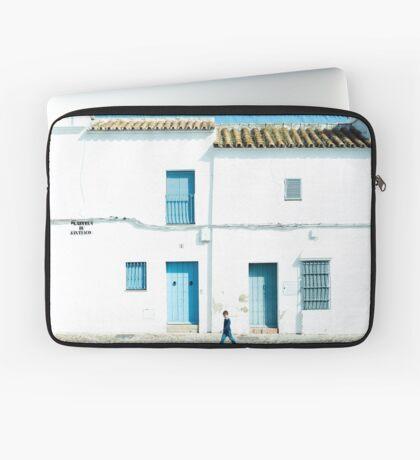 Weiße und blaue Stadt Laptoptasche