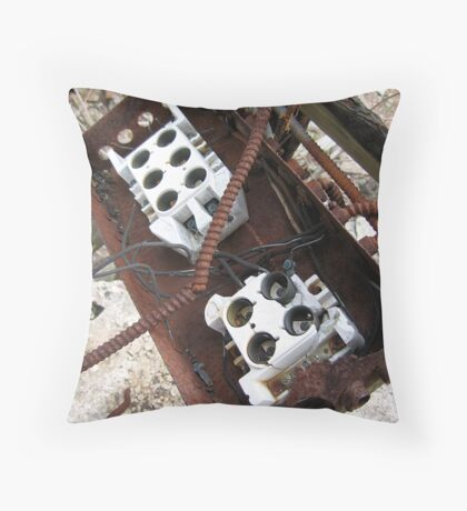 bulb box Throw Pillow