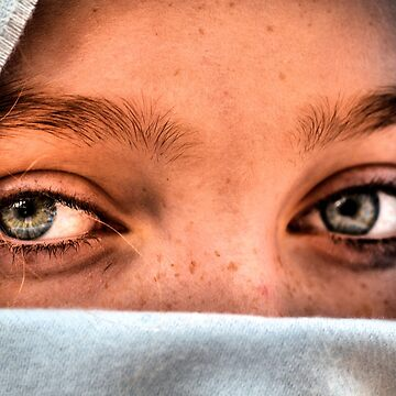 Haunting Eyes by bgaynor