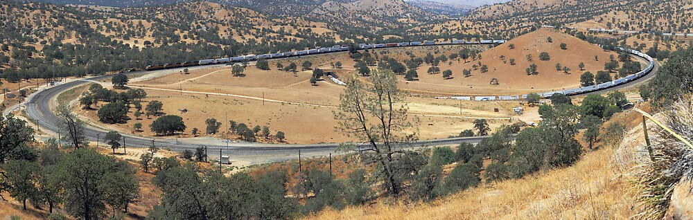 Tehachapi Loop by gfydad