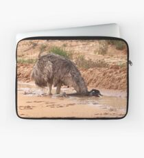 Emu ~ Drink with your back to the Wind Laptop Sleeve