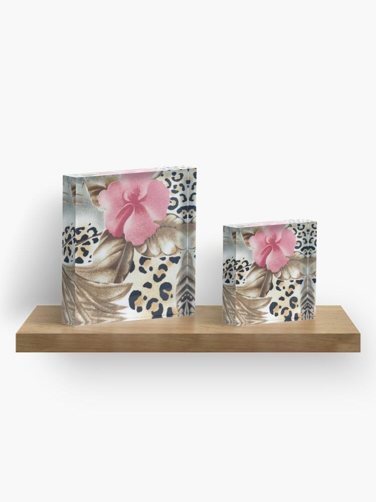 Vista alternativa de Bloque acrílico Estampado de leopardo marrón rosado femenino abstracto floral