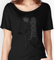 Mode Rose Black Women's Relaxed Fit T-Shirt