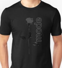 Mode Rose Black Unisex T-Shirt